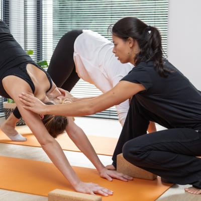 yoga bij Manos